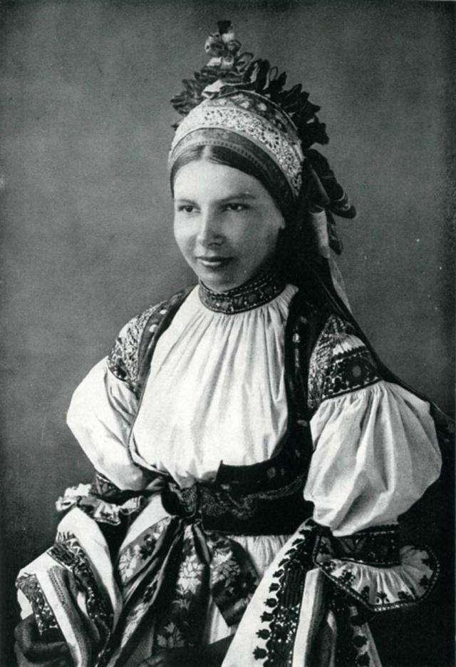 01_Невеста из Позловице. Чехия, Моравия. 1850 г.