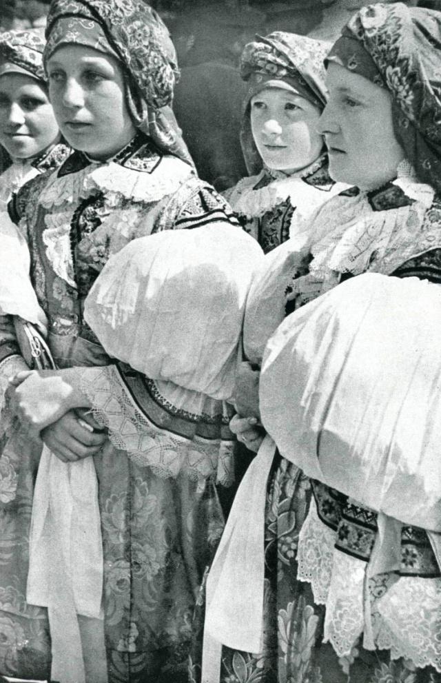 11_Девушки из Велеграда