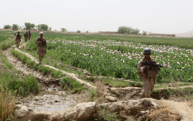 Police mentoring team, Afghan national police conduct joint patrols