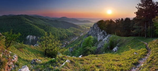 vlcie-hory-krslenica-male-karpaty-1629-600x271