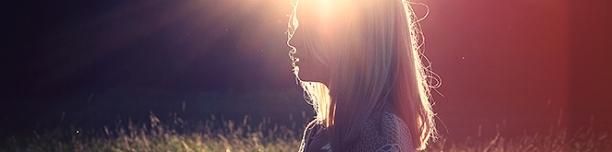 dívka-a-stín