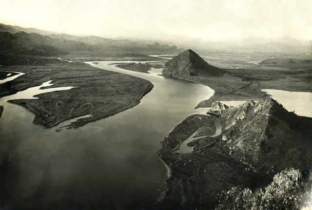 01_pyramidy-1931