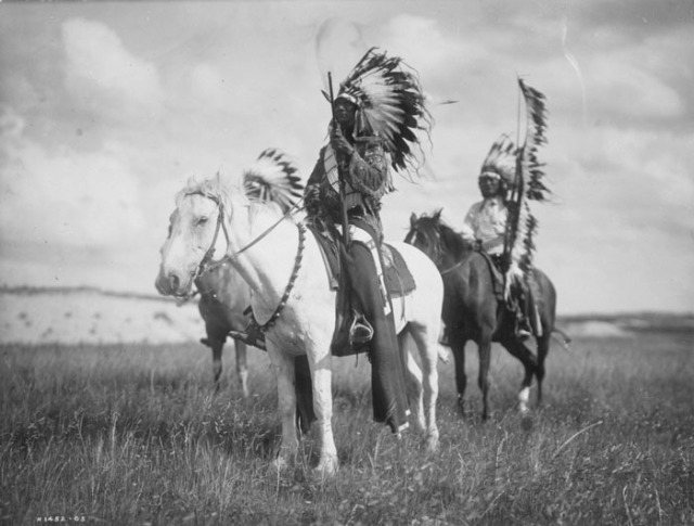 002_chiefs_of_sioux_group_2